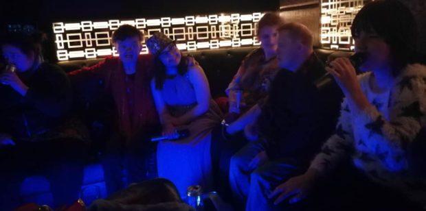Karaoke krazy!!
